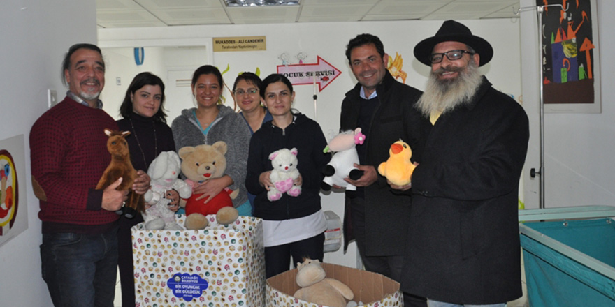 Toplanan oyuncaklar ihtiyaçlı okullara dağıtılacak