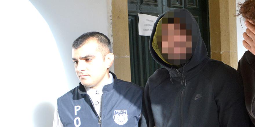 'Yol verme kavgası' zanlısı,  Ercan'dan çıkarken tutuklandı