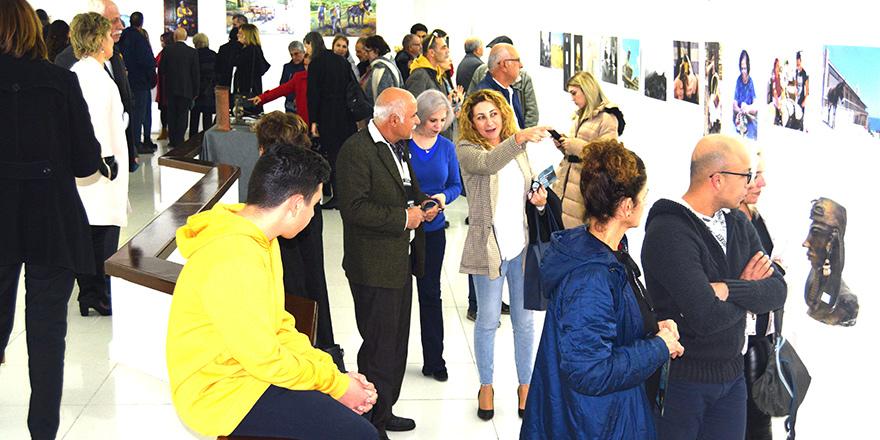 """""""Bi-Communal Sanat ve Kültür Sergisi"""" açıldı"""
