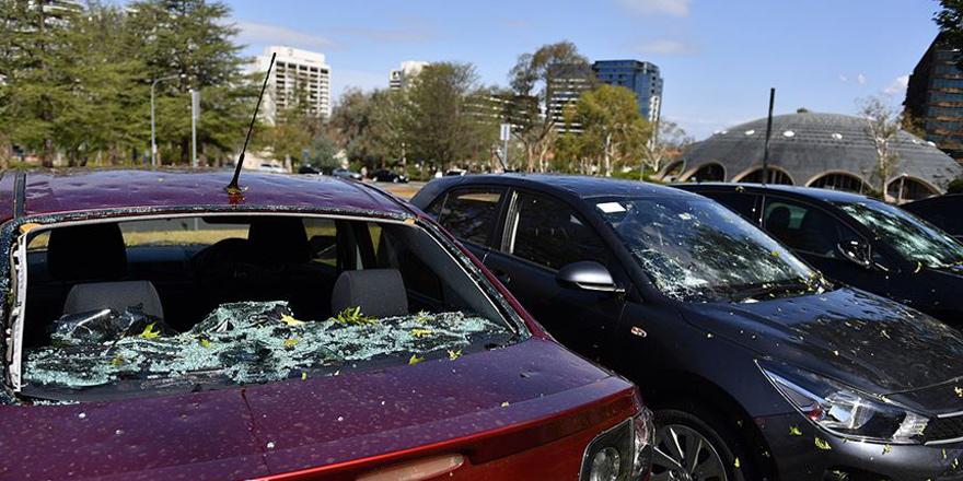 Avustralya'da şimdi de şiddetli fıtına ve sel felaketi