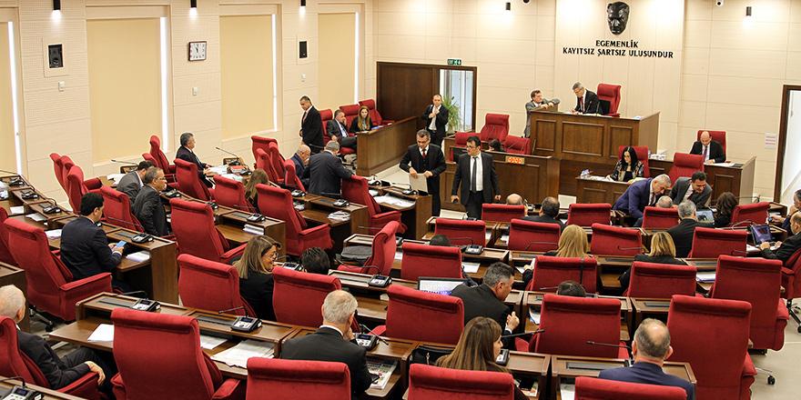 Milletvekilleri eleştirdi, öneriler yaptı, tasarı geri çekildi