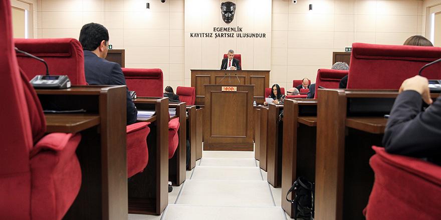 Meclis 'seçimi ertelemek' için toplanacak