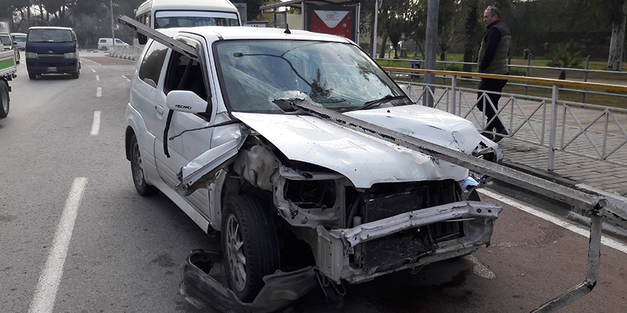 Trafikte bir ölüm, 23 yaralı