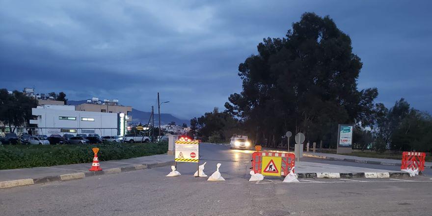 Akademi çemberi ile Dumlupınar köprüsü arasında kalan kısım trafik akışına kapatıldı