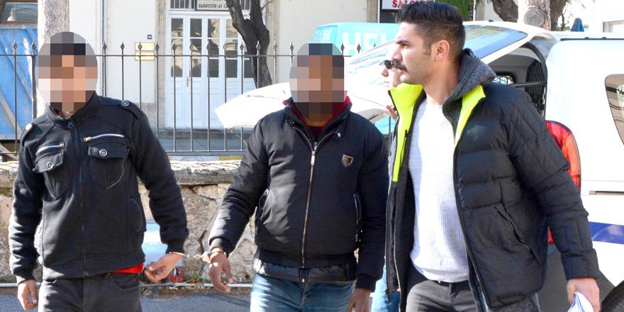İzinsiz ikametten 2 tutuklu