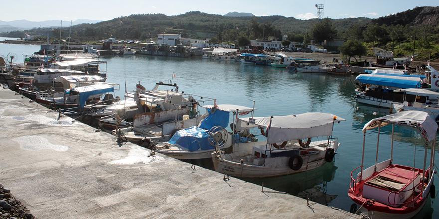 Yedidalga balıkçı barınağı hizmete açıldı