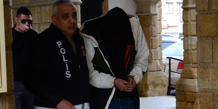 Narkotik Lefkoşa'da operasyon yaptı