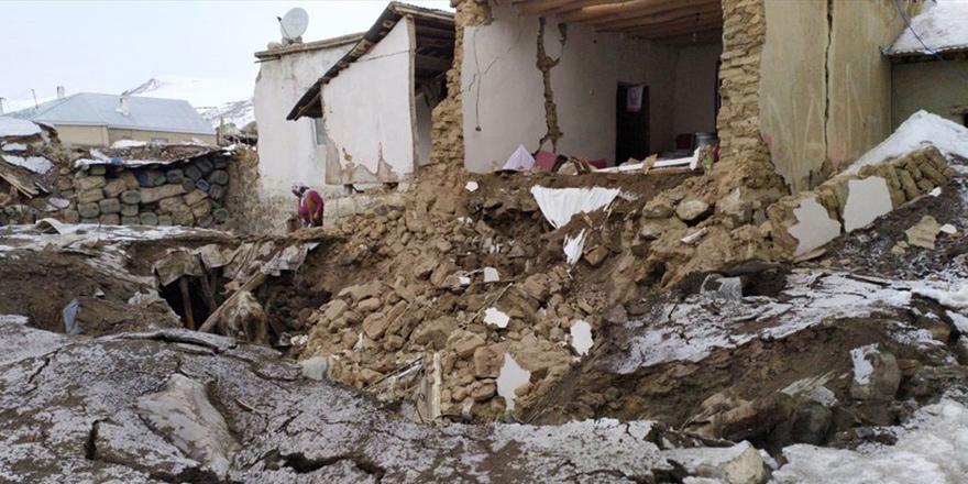 İran - Türkiye sınırında 5,9 büyüklüğünde deprem