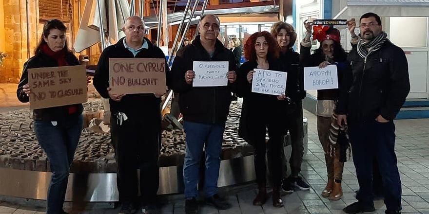 Geçiş noktalarının kapatılması protesto edildi