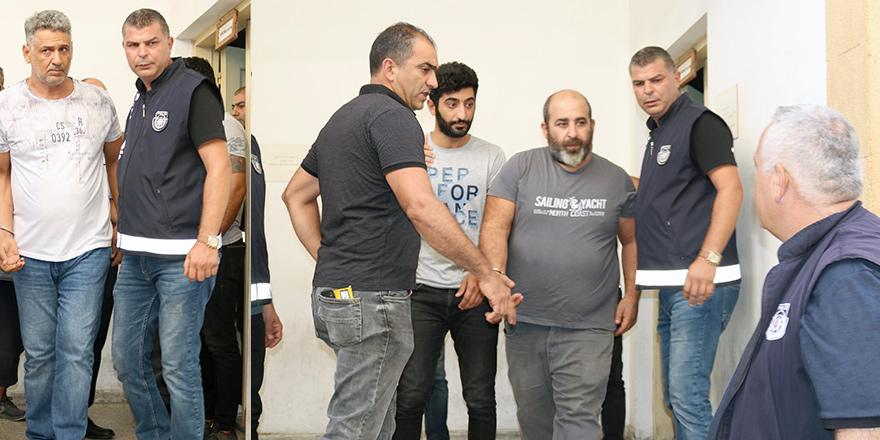 Şahin'e 4 yıl, Çelik'e 4 yıl ve Bozdağ'a 3 yıl hapis