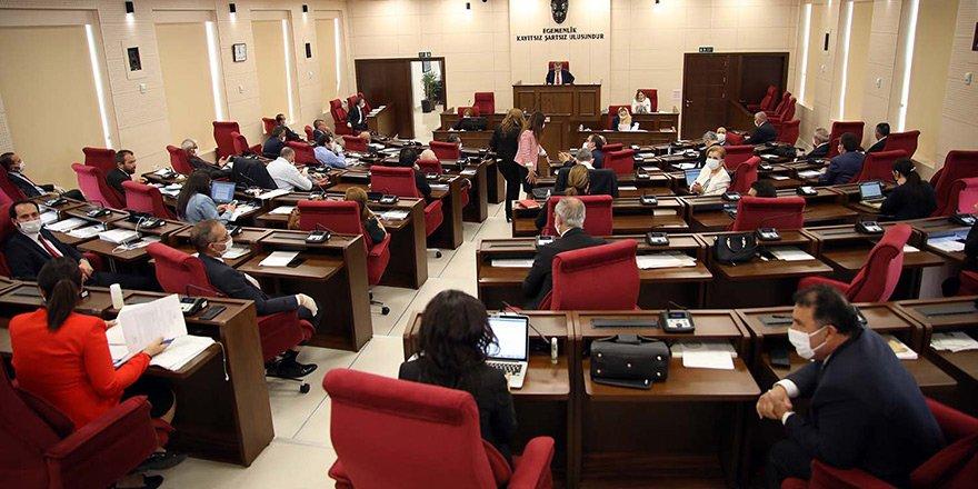 Meclis yasama gündemiyle toplanıyor