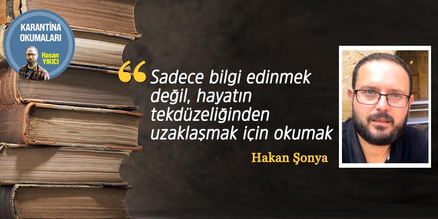 """""""Sadece bilgi edinmek değil, hayatın tekdüzeliğinden uzaklaşmak için okumak"""""""