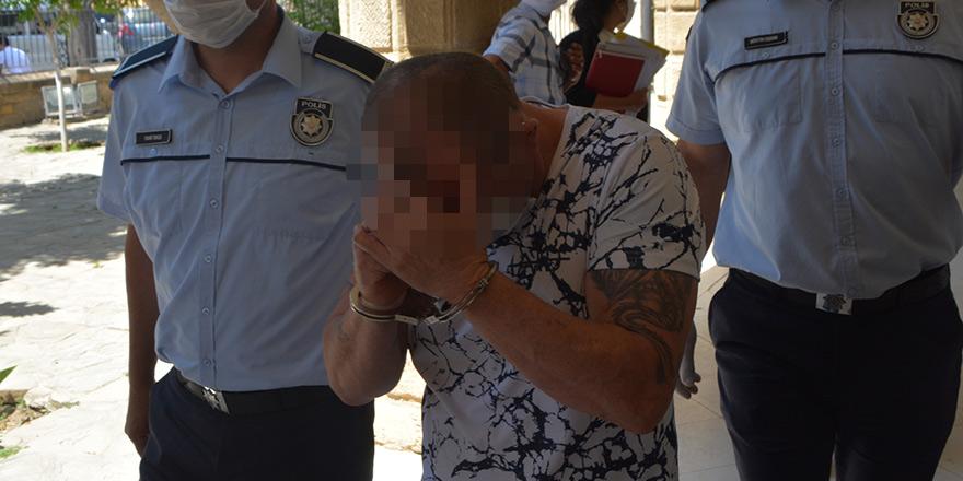74 Bin TL'lik sirkat yapan zanlılara 4 gün tutukluluk