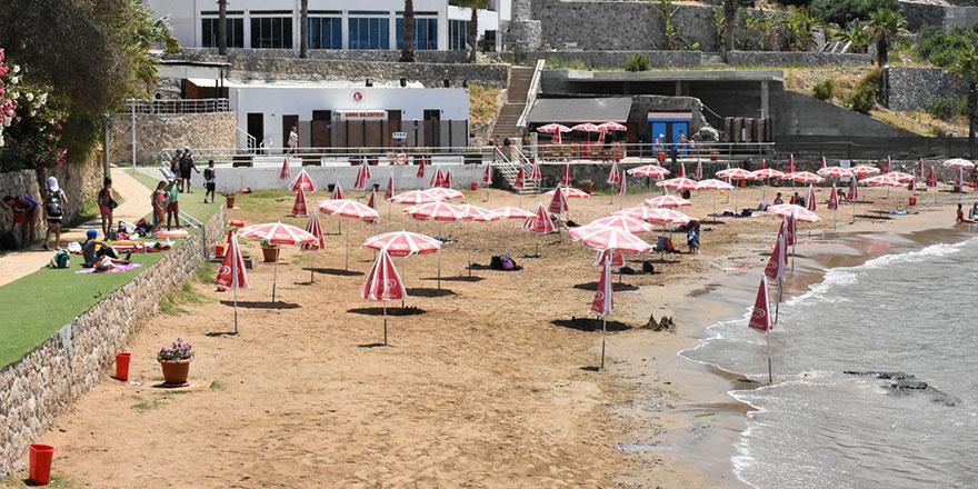 Belediyeye ait 2 plaj temiz