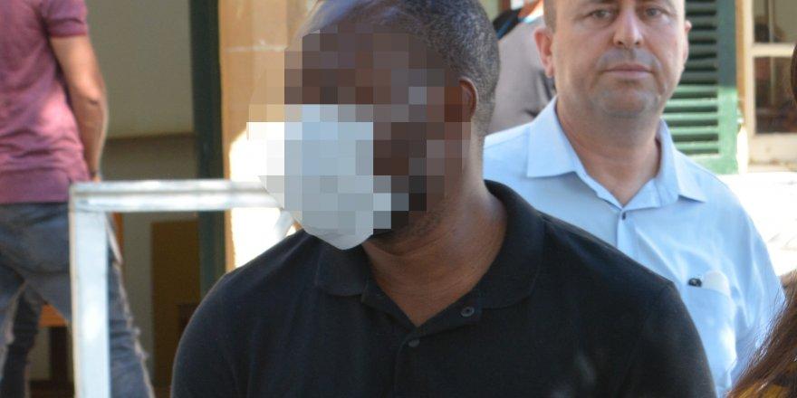 """2 ay tutukluluk: """"Cinsel saldırı bulgusu var"""""""
