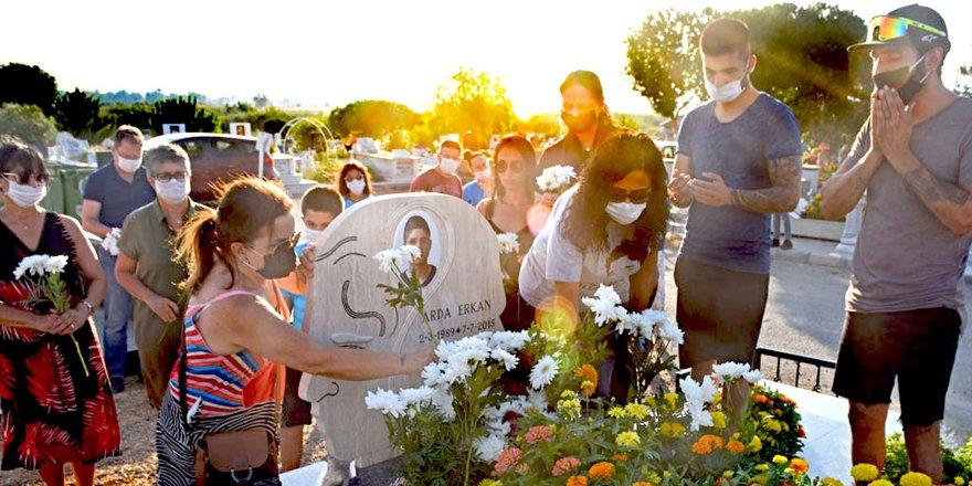 Arda Erkan mezarı başında anıldı
