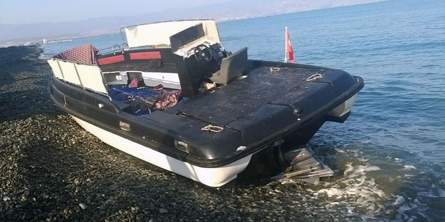 7'si çocuk 30 göçmen, 2 kaptan ve sahilde bekleyen 1 kişi belirlendi