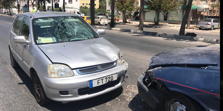 Mağusa'da bir yayaya araba çarptı