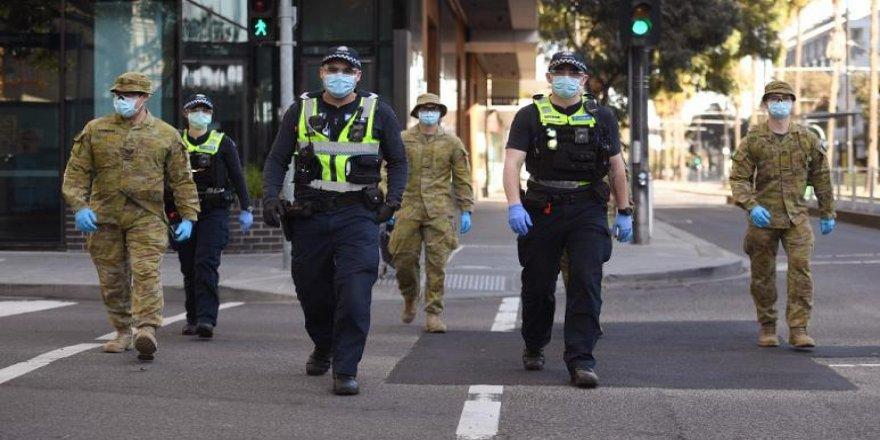 Melbourne'de Covid-19 nedeniyle 'felaket hali' ve sokağa çıkma yasağı ilan edildi