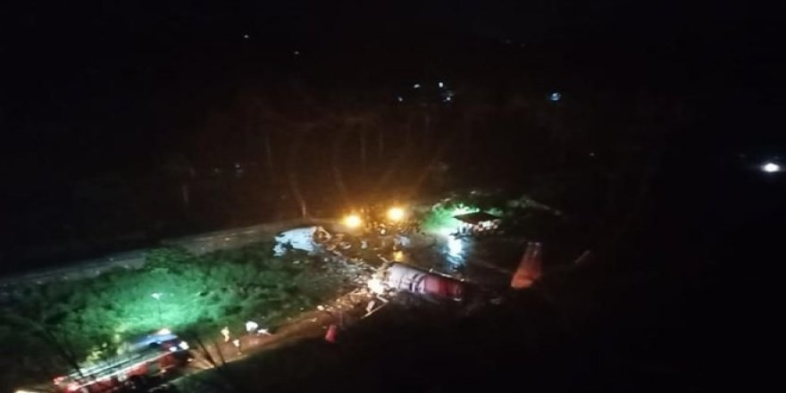 Hindistan'da uçak kazası