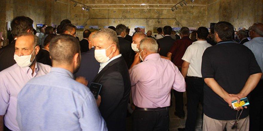 """Başbakan Tatar'ın """"Objektifimden"""" ismini verdiği sergisi açıldı"""