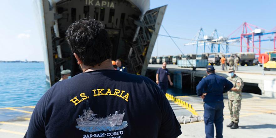 Lübnan'a 70 tonluk yardım