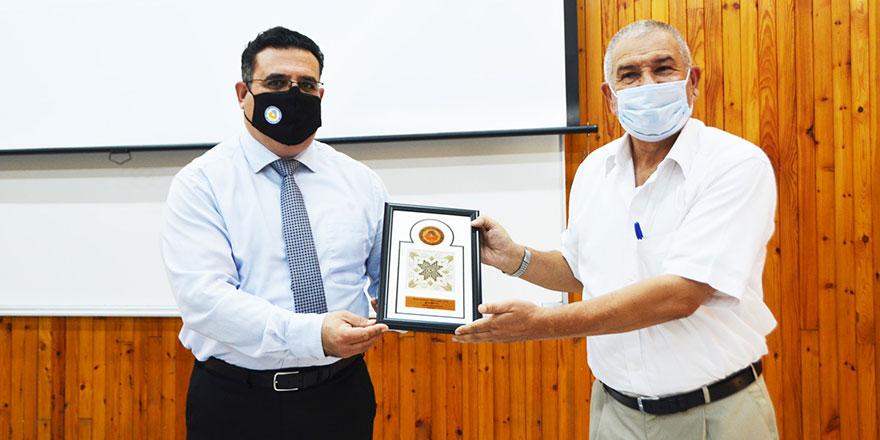 DAÜ'den Prof. Dr. Mustafa Halilsoy'a veda töreni