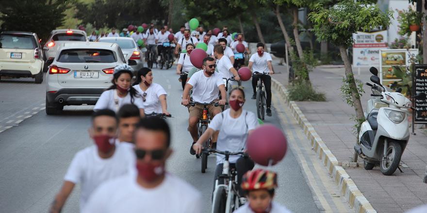 Gençler Girne'de de pedalları 'ileri'ye çevirdi