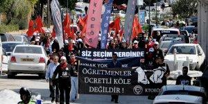 Öğretmenler zamları protesto edecek
