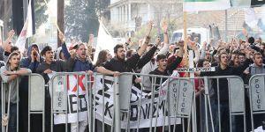 Kıbrıslı Rum öğrencilerden eylem