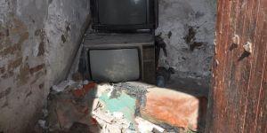Lefkoşa'da Surlaiçi'nde içler acısı bir ev…