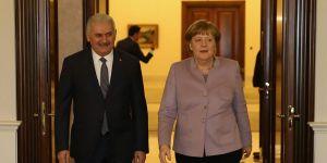 Merkel: Kıbrıs'tan sonuç alınması gerekiyor
