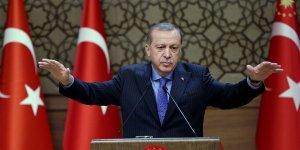 """Erdoğan: """"Dolar yollarımızı kesemez"""""""
