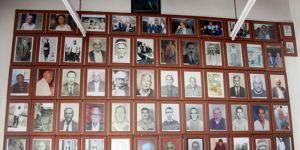 Türklerle Rumların arasındaki kahvehane