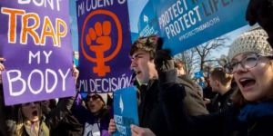 Kürtaj yasağına tepki: Erkekler de mastürbasyon yapmasın