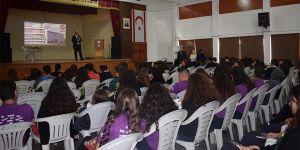 """Uluslararası Final Üniversitesi'nde """"Algı Yönetimi"""" konferansı"""