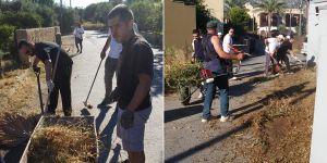Sokak sokak köylerini temizlediler