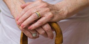 Emekli maaşı için 7 yıl ceset sakladı