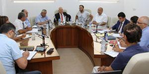 Özel komite davetlileri dinledi