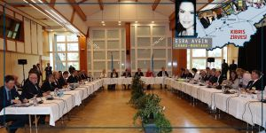 Akıncı akşam yemeğinde, Çavuşoğlu, Ertuğruloğlu, Denktaş ve parti başkanlarıyla bir araya geldi