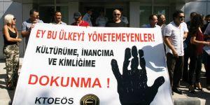 'Kültür dayatmaları'na karşı siyah çelenk