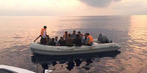 Tatlısu açıklarında 14 mülteci tespit edildi
