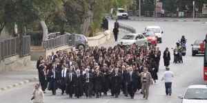 800 Avukat  966 Doktor  5 bin Öğretmen