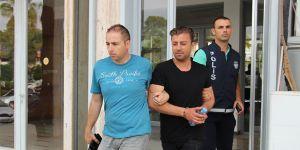 2'şer ay hapis cezasına mahkum edildiler...