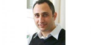 Ahmet Güneyli: Aşk yoldan çıkarabilir