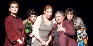 """LBT'nin """"Ev""""i Antalya'da sahnelendi"""