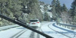Trodos'a ilk kar düştü…