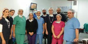 Göz ameliyatlarında önemli adım