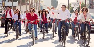 DP adayları bisikletle Lefkoşa'yı turladı