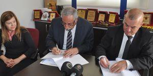 """""""Girne Belediyesi Danışma ve Destek Merkezi"""" protokolü imzaladı"""